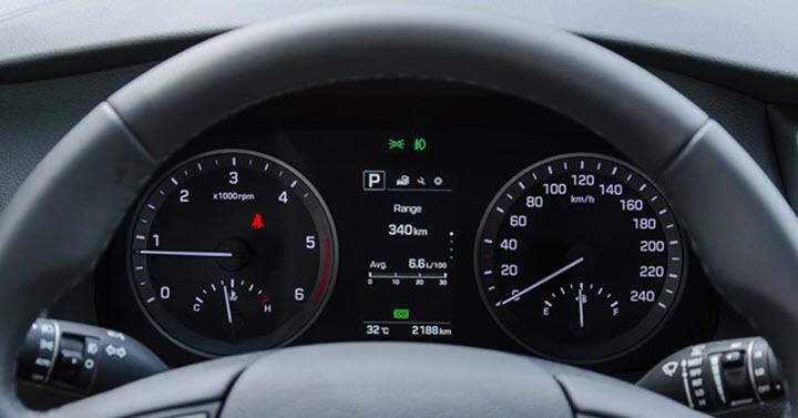 Hyundai Tucson nâng cấp đồng hồ điện tử tại Việt Nam