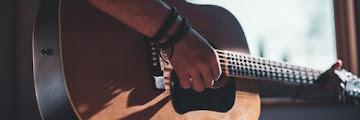 Tips Mudah dan Cepat Belajar Gitar untuk Pemula!
