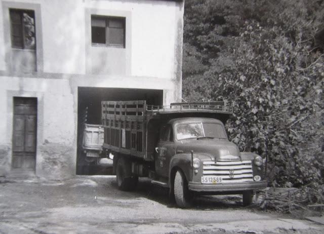 Chevrolet Pickup con motor Barreiros - Històries del Transport de Catalunya