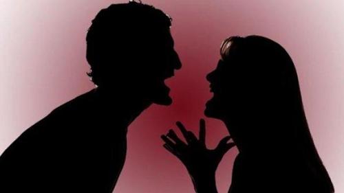 Astaga, Gara-gara Menolak Rujuk, Suami Tikam Istri Hingga Kritis