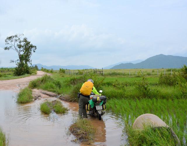 Aural 3425 Có một Campuchia rất khác, hành trình trekking leo đỉnh núi cao nhất Campuchia