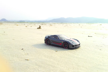 Diecast Photography : Ferrari 599XX at Klara Beach