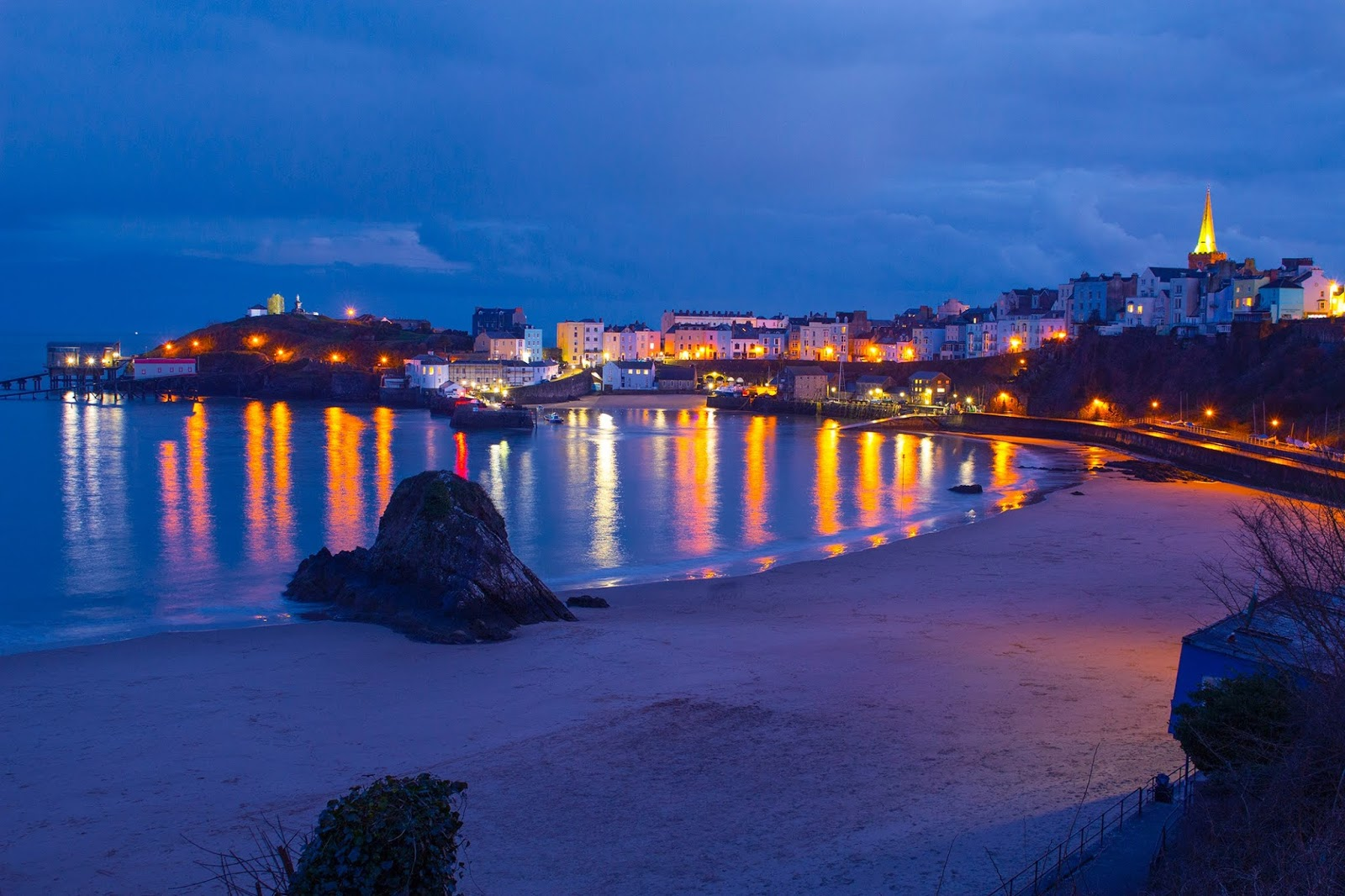 Tenby town at night time
