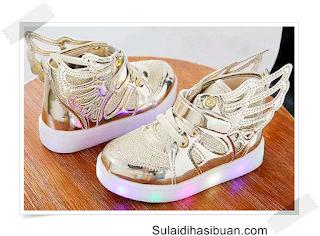 30 Daftar Harga Sepatu Lampu Terbaru