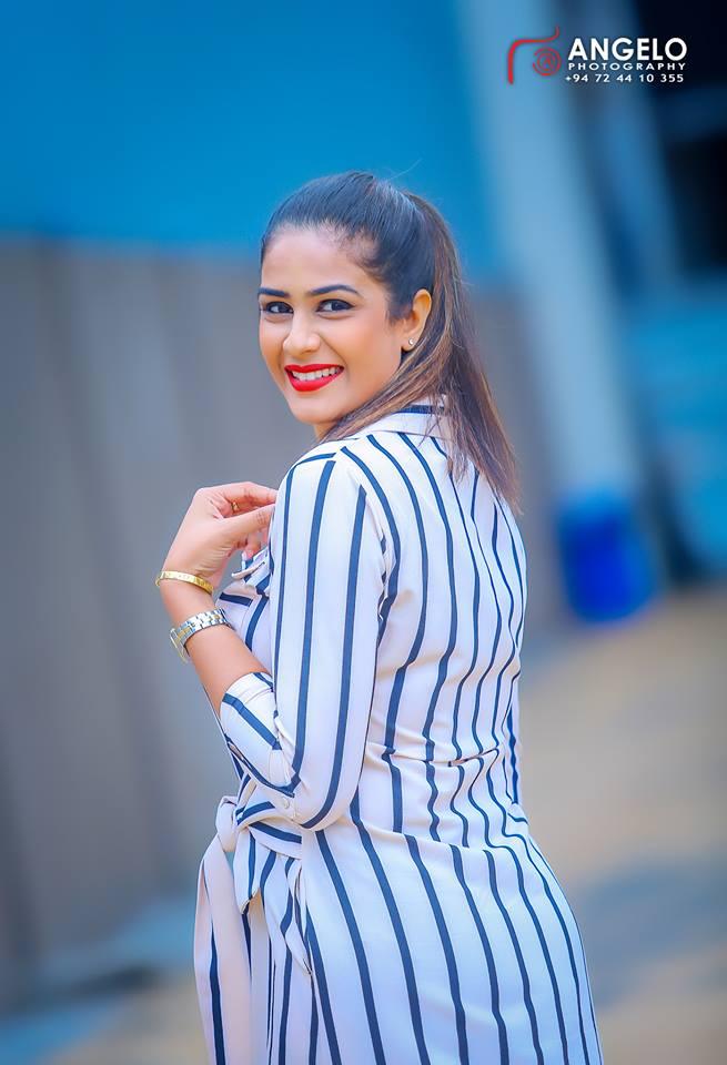 Maheshi Madushanka Hot