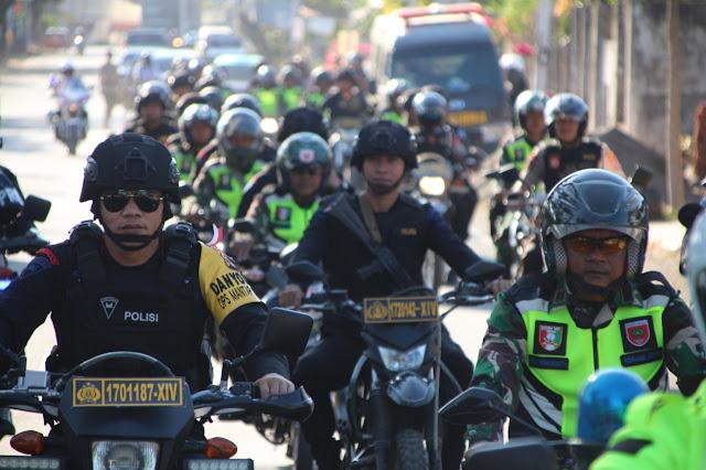 Jelang Pelantikan Presiden dan Wapres RI Terpilih, TNI-POLRI di Bone Laksanakan Patroli Skala Besar