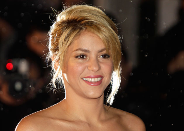 Shakira Beautiful English Singer