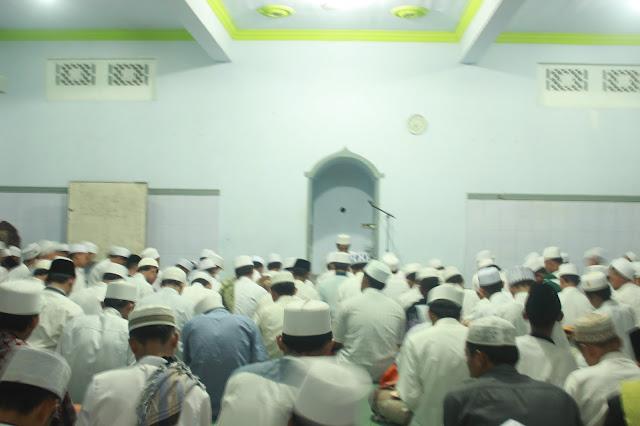 Hari yang Ditunggu Tiba, Khatmil Kutub Riyad As-Shalihin