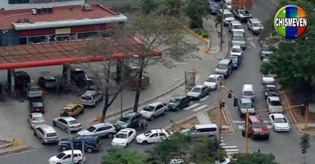Policía mató a un individuo por vender puestos en la cola para la gasolina en el Zulia