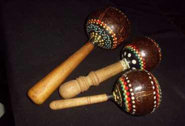 alat musik marakas