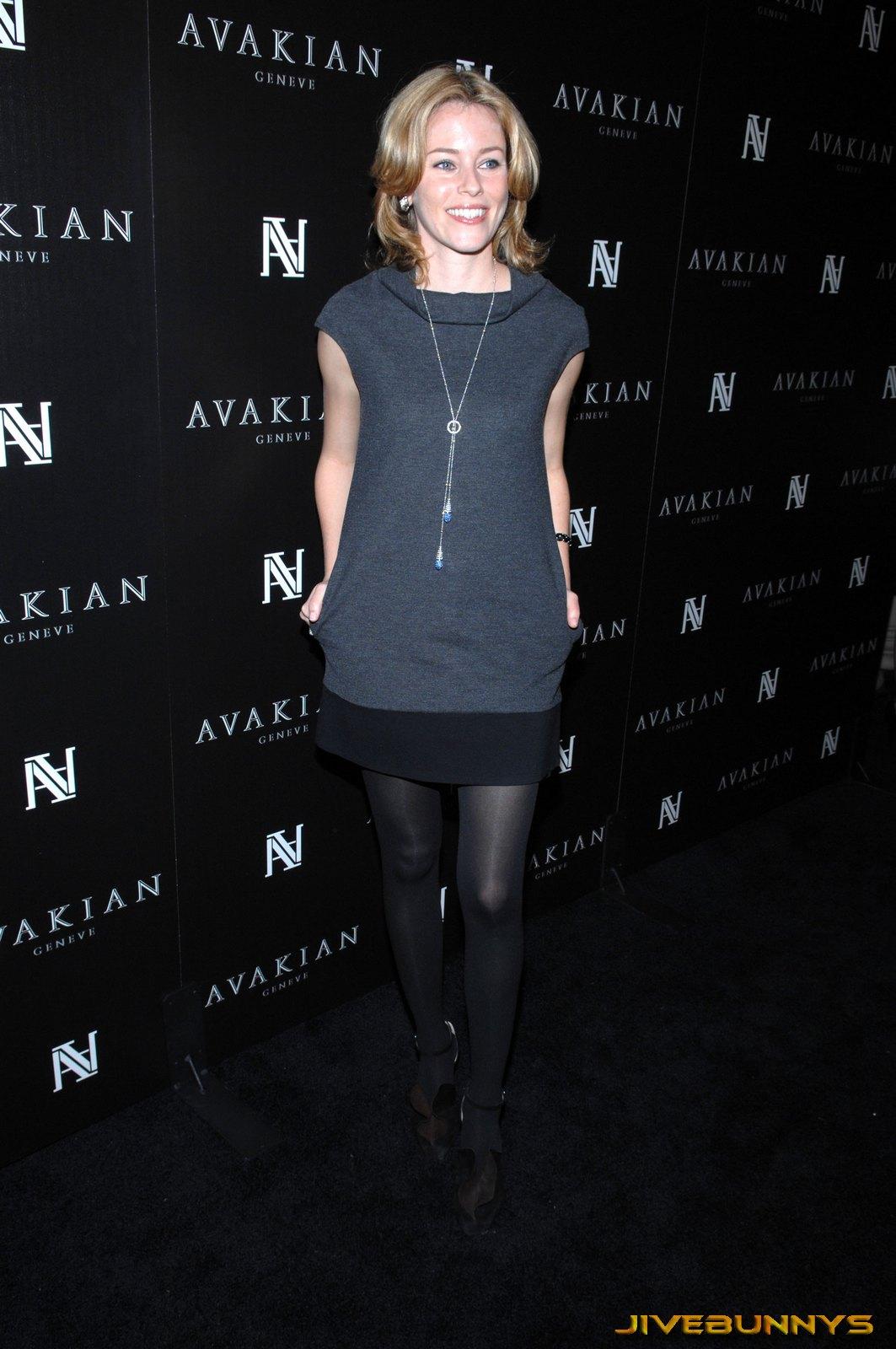 Elizabeth banks in stockings — photo 15