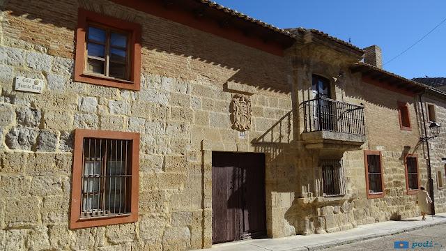 Astudillo, provincia de Palencia - calle de juan de tapia, 24