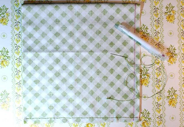 мягкие текстильные тыквы своими руками, как сделать тыкву из ткани своими руками мастер-класс, тыквы из ткани идеи, красивые тыквы из ткани фото, как сшить тыкву из ткани, как сшить подушку в виде тыквы, как сшить игольницу в виде тыквы своими руками, простой мастер-класс по изготовлению текстильной тыквы, тыквы из текстиля идеи, красивые тыквы из текстиля фото, красивые тыквы из разных материалов, как легко сшить тыкву мастер-класс, из чего можно сделать тыку, красивые игольницы из ткани, красивые диванные подушки, мягкая игрушка тыква мастер-класс, тыква в винтажном стиле, тыква в стиле шебби шик, тыква из трикотажа, как украсить текстильную тыкву идеи, тыквы для уклонения дома, осенний декор для дома в виде тыковок, оригинальные тыквы из текстиля, украшения для интерьера в виде тыквы, интерьерный декор на день Благодарения, интерьерный декор на праздник урожая, осенний декор, игольницы в виде овощей, подушки в виде овощей идеи, мастер-клааа по шитью тыквы, как сшить подушку тыкву мастер клас с пошаговым фото, как сшить игольницу пошаговый мастер-класс,поделки, поделки своими руками, поделки на Хэллоуин, украшения на Хэллоуин, поделки на Хэллоуин, текстиль, тыква текстильная, тыквы, шитье, поделки из текстиля, тыквы своими руками, декор интерьерный, декор на Праздник урожая, декор осенний, овощи текстильные, подушки, игольницы, мастер-класс, из ткани, из текстиля, для интерьера, декор домашний, декор на праздник урожая,«Тыква» — декоративная подушка (МК) своими рукамиhttp://handmade.parafraz.space/