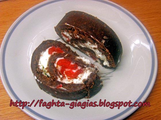 Σοκολατένιος κορμός με σαντιγύ