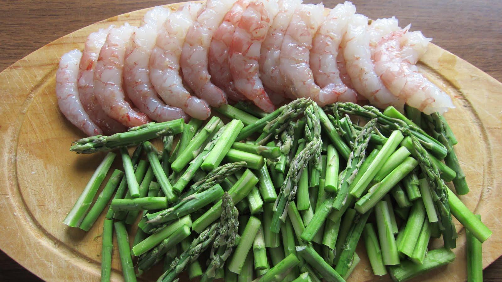 Una pincelada en la cocina tallarines con esp rragos - Comidas con esparragos ...