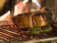 Menggunakan Panas Tinggi pada Barbeque Anda