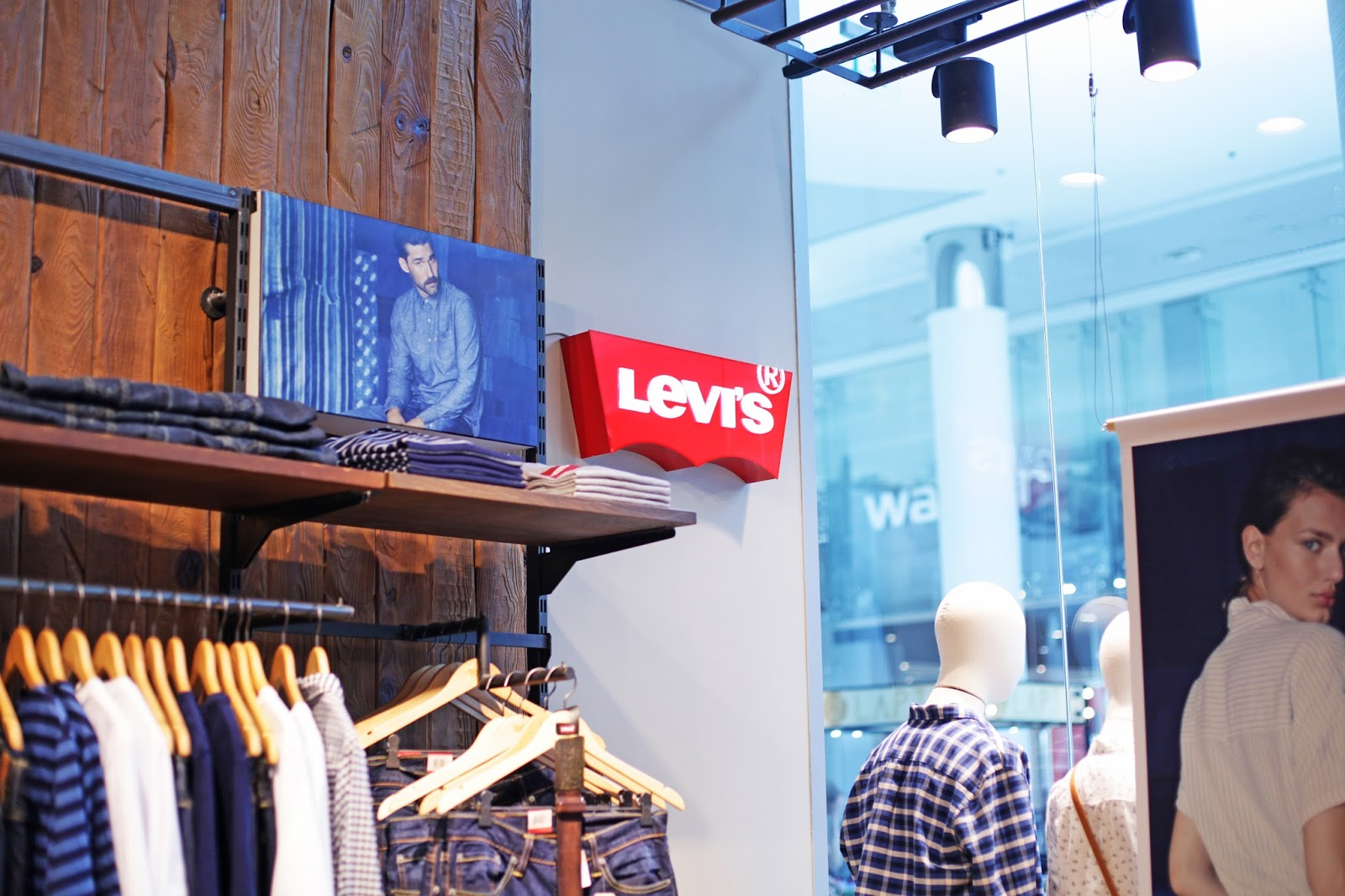 Ocean Plaza, sale, shopping, тренды лета 2016, Levi's
