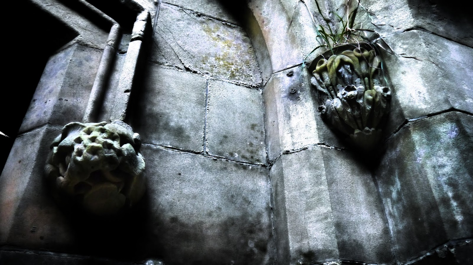 Crawford Priory Stone Details