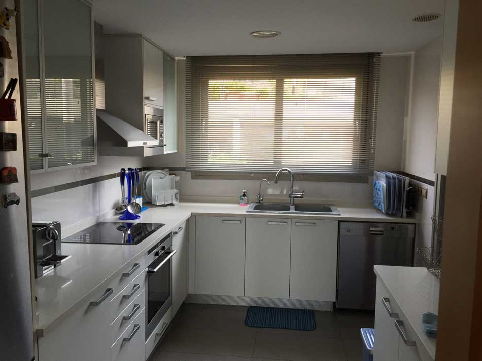 apartamento en venta en torre bellver cocina