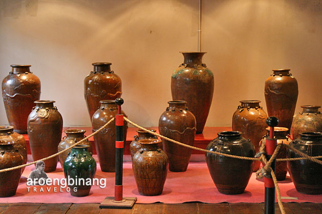 keramik kuno museum fatahillah jakarta