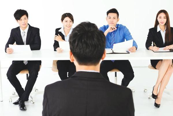 Tips Sukses Menghadapi Test Wawancara Kerja