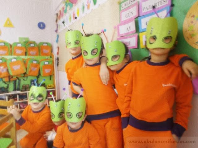Máscaras de Alien en foami c