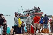 Walikota Tegal Hadiri Upacara Ritual Larung Ancak Sedekah Laut