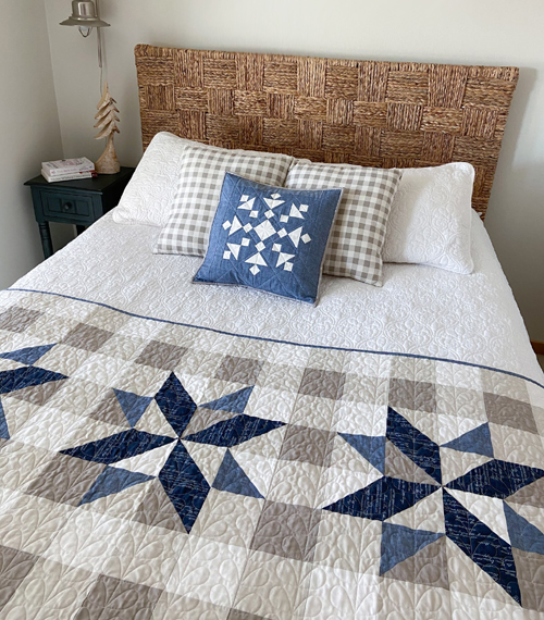 Snazzy Snowflake Quilt Block - Free Pattern