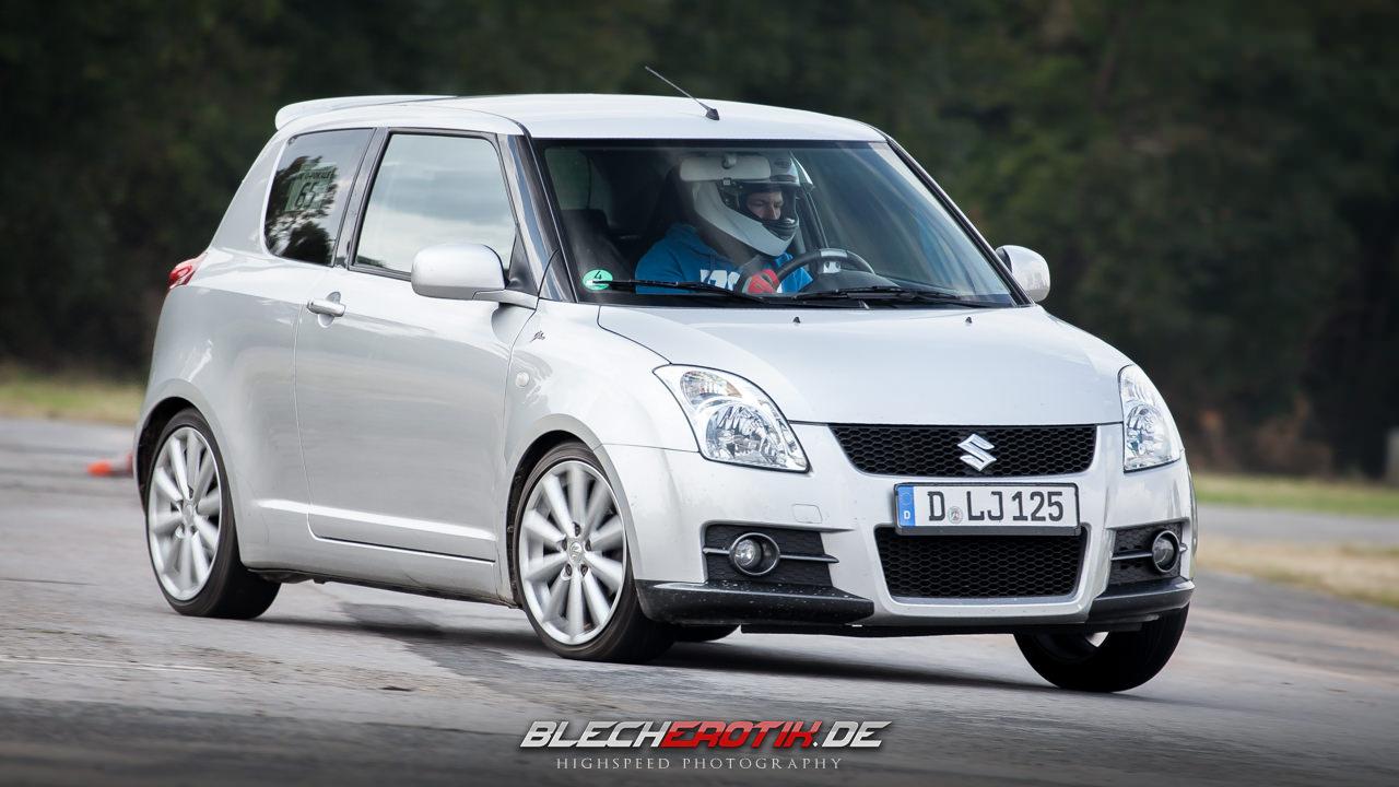 Suzuki Swift, III, MK3, 3gen, sport, usportowiony hatchback, M16A, ZC11S, ZD11S, ZC21S, ZD21S, ZC71S