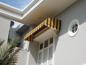Kanopi kain dan Awning gulung warna kuning Kanopi kain dan Awning gulung warna kuning