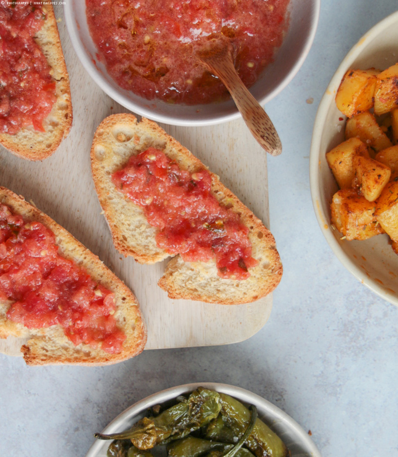 vegane Tapas - Katalanische Tomaten-Knoblauch-Brot
