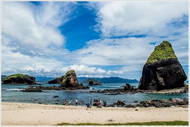 Kawasan Wisata Tanjung Papuma;Top 10 Destinasi Wisata Jember;