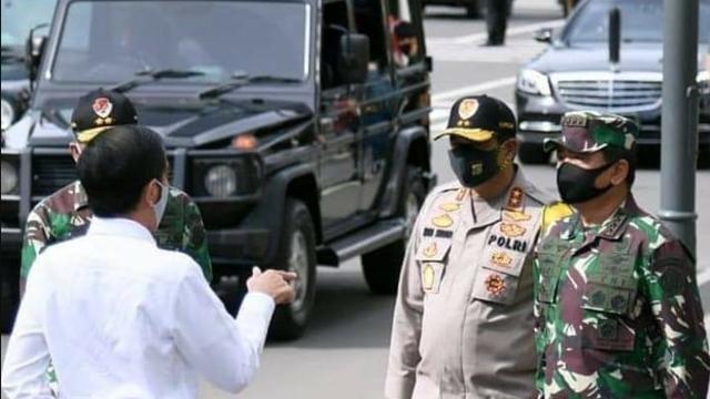 FPI Sebut Jokowi yang Kerahkan TNI untuk Copot Baliho Habib Rizieq