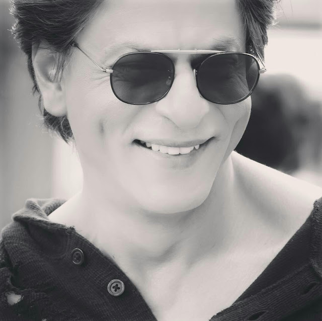 Shahrukh Khan Cool HD Wallpaper Download