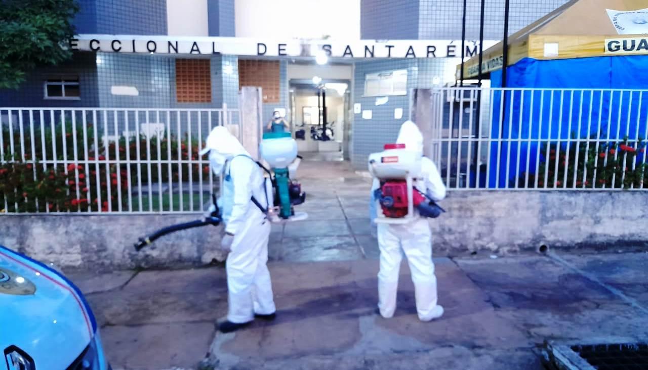 Delegacia recebe serviço de sanitização depois de covid-19 infectar 7 policiais
