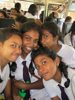 sri lankan girls 99: sri lankan school smol girls - podi kello