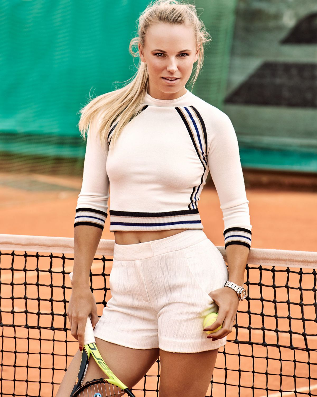 HD Photoshoot of Caroline Wozniacki of Esquire Magazine June-July 2016 Issue