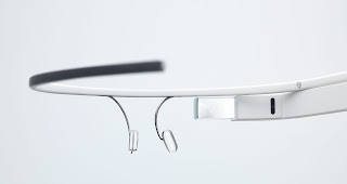 Future Gadget - Google Glass | How It Feels [through Glass] - die intelligente Brille in der Anwendung ( 1 Video )