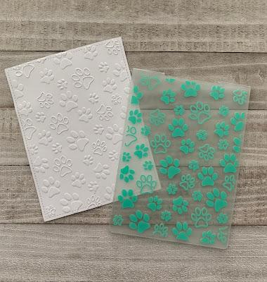 Darice Paw Print Embossing Folder