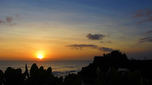batu bolong sunset