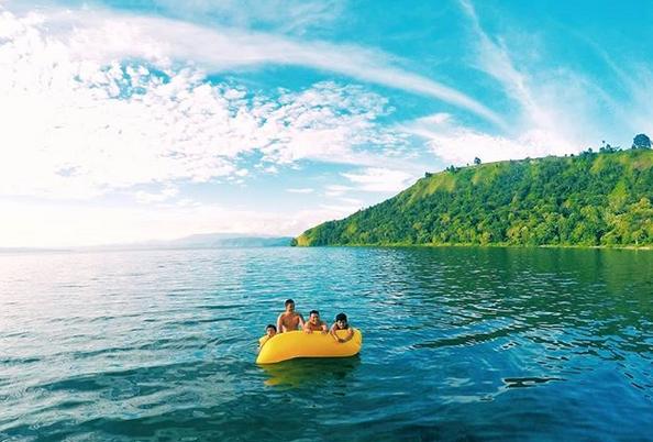 Pantai Pangkodian Meat Balige Esplor Pantai Pasir Putih Balige Situs Wisata Budaya