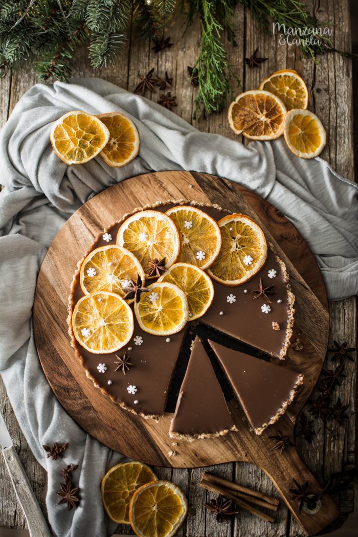 Tarta de naranja especiada y chocolate. Receta de Navidad sin horno