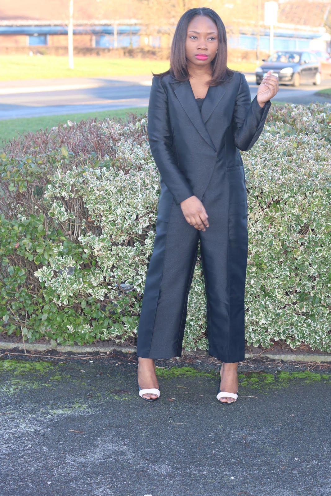 a9fa24f25ca I am absolutely in love with this Tuxedo jumpsuit. love its over-sized fit  giving a comfy look but yet still very chic. Its such an absolute fun  piece