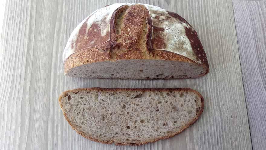 Pan de masa madre de centeno