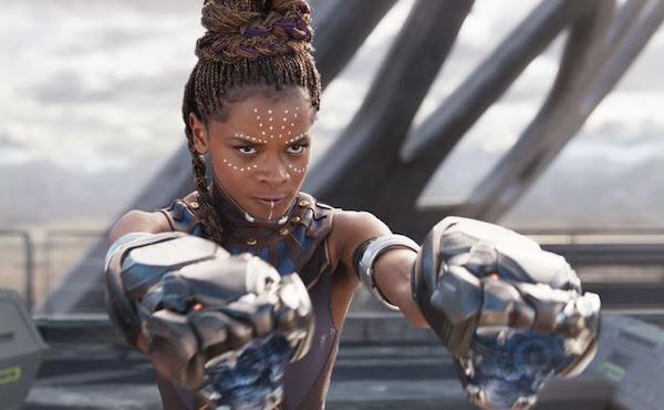 Estrela de 'Pantera Negra', Letitia Wright diz que filme feminino dos 'Vingadores' está perto de acontecer