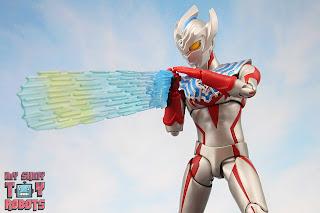 S.H. Figuarts Ultraman Tregear 35