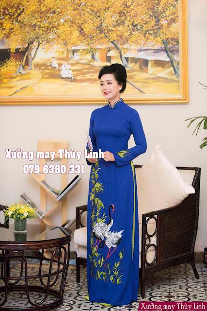 Mẫu áo dài cho mẹ cô dâu chú rể được ưa chuộng năm 2019
