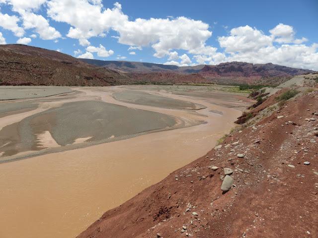 Wieder mehr Wasser in den Flüssen