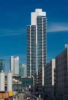 أول مبنى سكني شاهق الارتفاع في آسيا والشرق الأوسط وأمريكا الشمالية