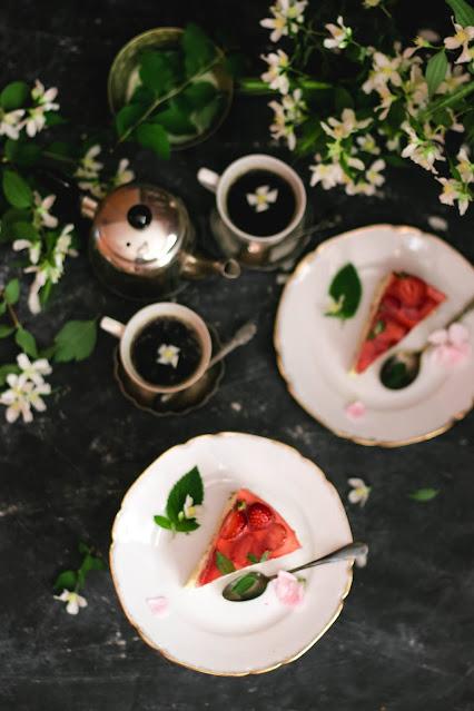 ciasto truskawkowe, deser truskawkowy